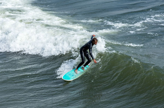 Santa Cruz California surf, surfing and water sports